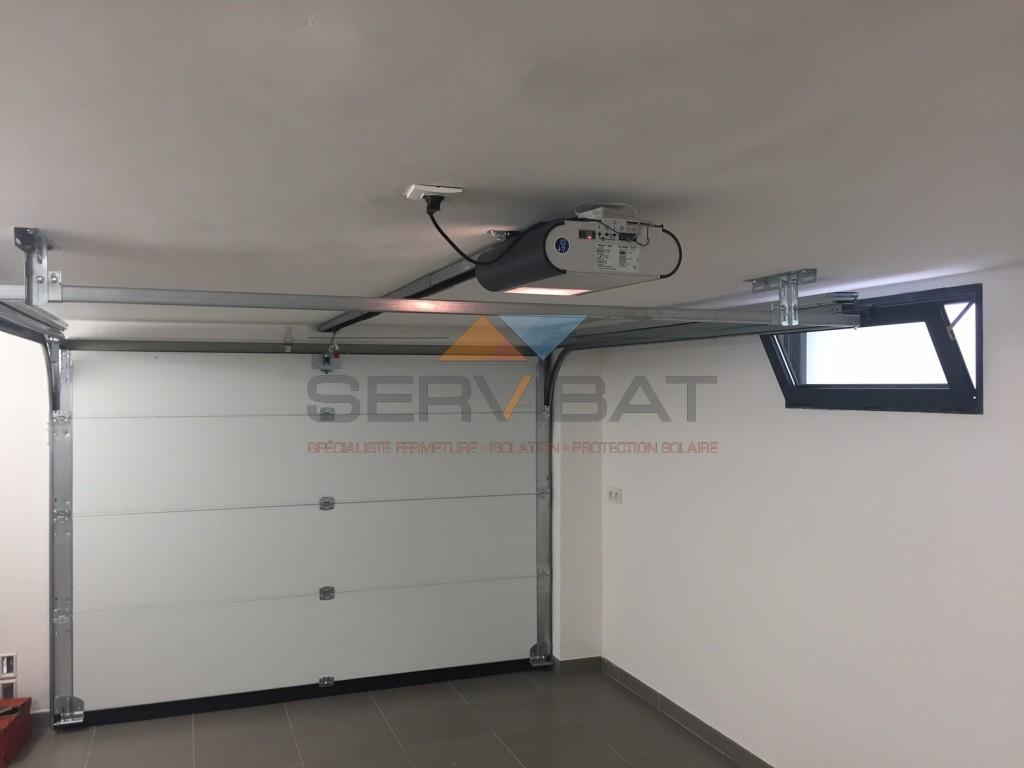 Portes de garage en aluminium motoris s ou manuels nice for Installation porte de garage nice