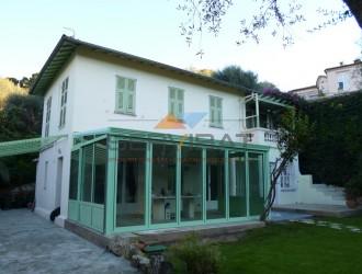 veranda en aluminium à Nice