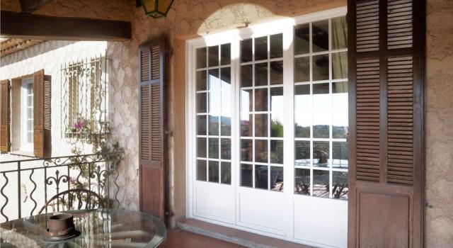 Grande fenêtre en PVC à Nice