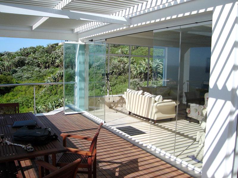 fermetures de terrasses  balcons en verre  nice servibat
