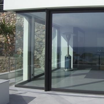 Menuiserie Aluminium sur Villa d'Architecte - St Jean Cap Ferrat