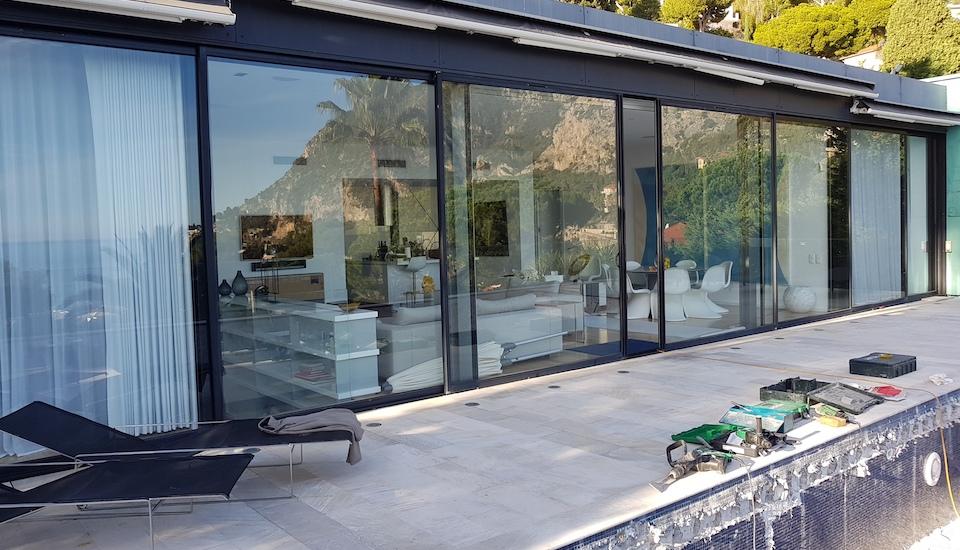 Baie vitrée villa Eze - Avant