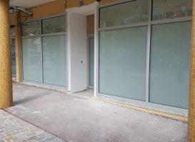 Devanture de magasin avec vitrage feuilleté à Nice